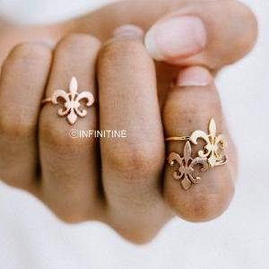 Knight symbol knuckle ring,RN2483