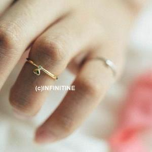 Very mini heart knuckle ring,RN2383