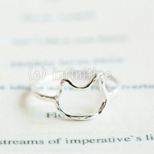 Silver Hammered line kitty knuckle ..