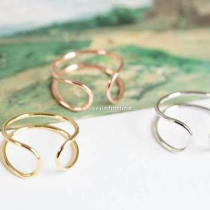 Silver, Rose Gold or Gold Open Wire..