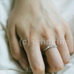 Gold Saw toothed whee ring,jewelry,..