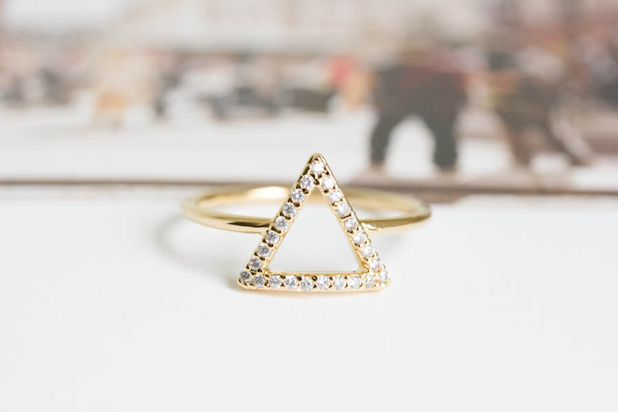 Cz Triangle Wedding Ring Bridesmaid Gift Engagement Bridal Jewelry R047n