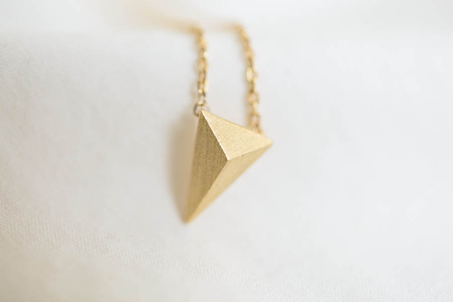 skateboard jewelry dsc pendant chain recycled product necklace triangle