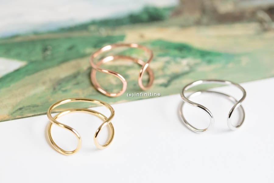 Silver, Rose Gold or Gold Open Wire Stretchable Ring Band