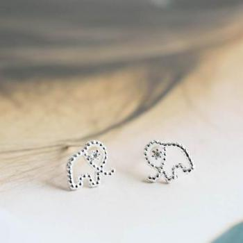 Line elephant earring,Jewelry,Earrings,Post,elephant ,cute animal,pet kids,elephant earrings,Good luck,bridesmaid gift,live long,E408R
