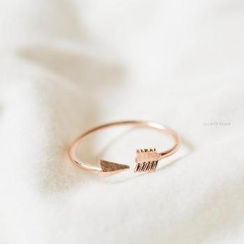 Rose gold Gold Arrow Knuckle Rings,Knuckle Rings,Adjustable Rings,Stretch Rings,Men Ring,Cool Rings,Couple Rings,Cute Ring,Fun Rings,Bow Rings,Pinky Rings,,R069N